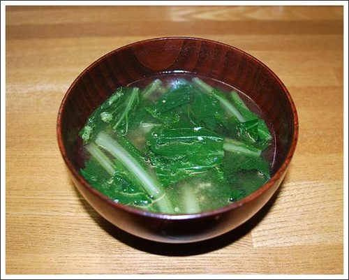 自家製小松菜の味噌汁