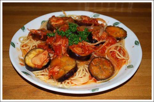 なすとツナのトマトスパゲッティ