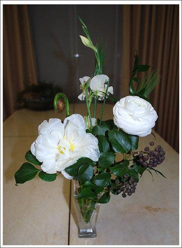 白を基調とした花束