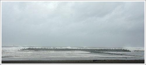 波で消えるヘッドランドへの道