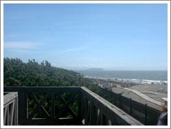 展望台上から江ノ島方面