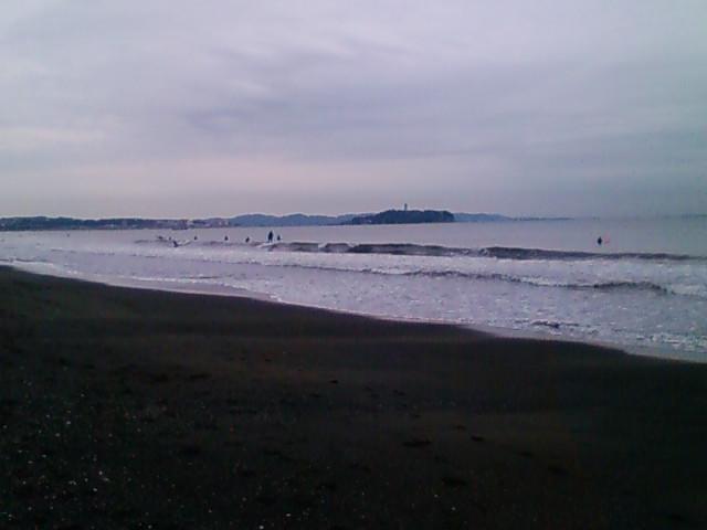 7:39、湘南茅ヶ崎サーフィン波情報。