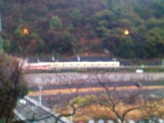 箱根湯本は霧と小雨です。