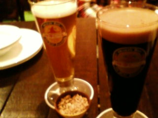 誕生日はチョコレートビールで乾杯。