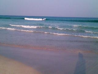 16:52 伊豆白浜サーフィン波情報。