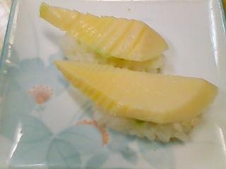 幸寿司の筍の握り