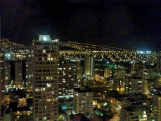 ホノルルの夜景は最高です。