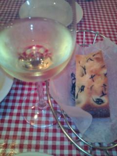 サーフィン後の夕飯は、イタリアンにしました。