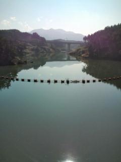 長野の山あいのダム