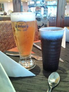 昼食はオリオンビール。