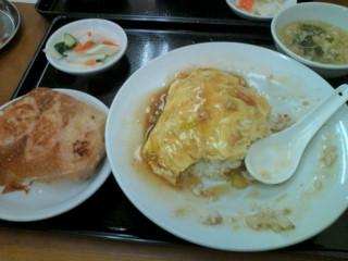 中華天津飯ランチセット。