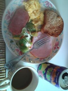 マウイの遅い朝食。