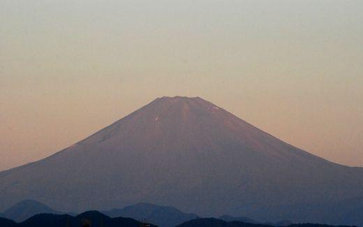 湘南茅ヶ崎から見た富士山