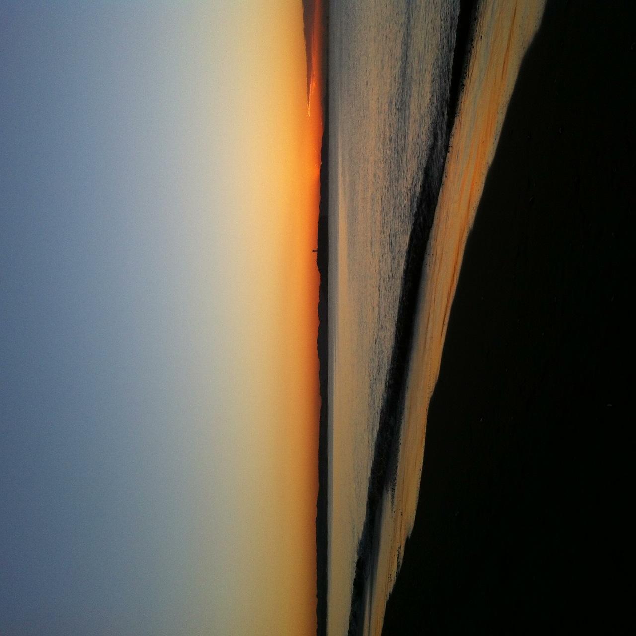 6:50、湘南茅ヶ崎サーフィン波情報。